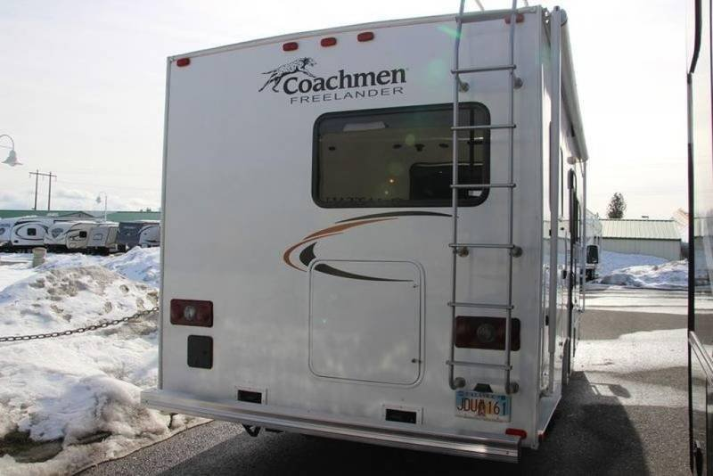 Pre-Owned 2014 Coachmen FREELANDER 23CB