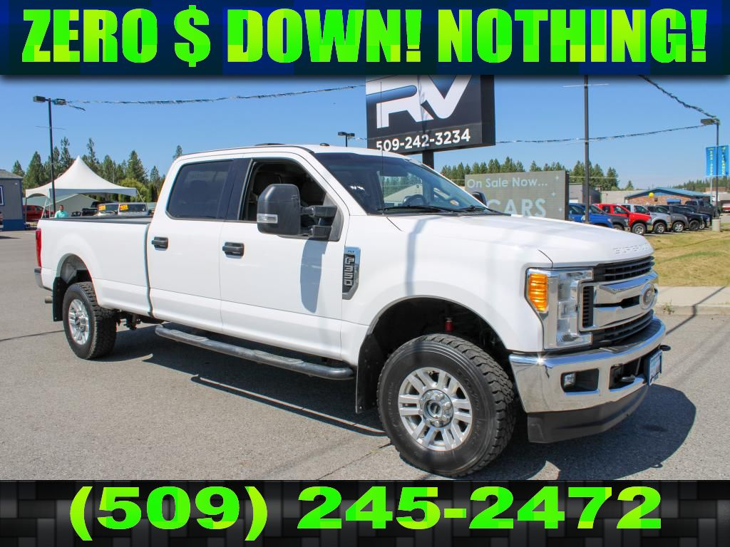 Pre-Owned 2017 Ford F-350 Super Duty XLT 6.2L V8 4x4 Truck