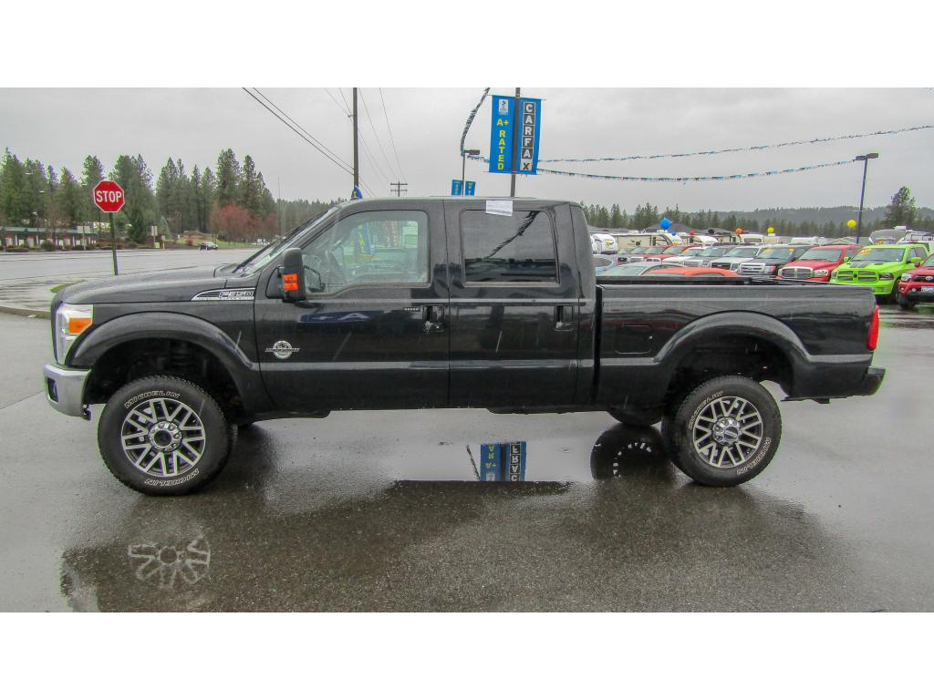Pre-Owned 2014 Ford F-350 Super Duty LARIAT 6.7L V8 4x4 Diesel Truck