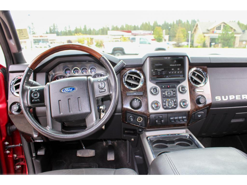 Pre-Owned 2016 Ford F-350 Super Duty Platinum 6.7L V8 4x4 Dualie Diesel Truck