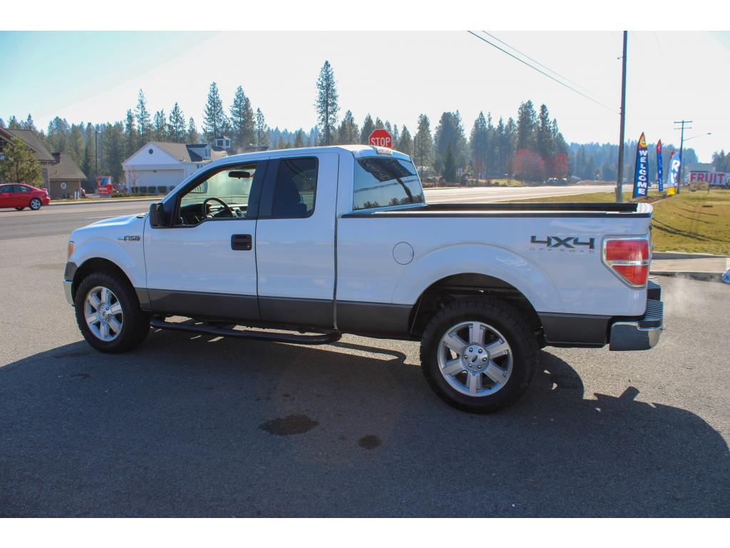Pre-Owned 2011 Ford F-150 XLT 5.0L V8 4x4 Truck