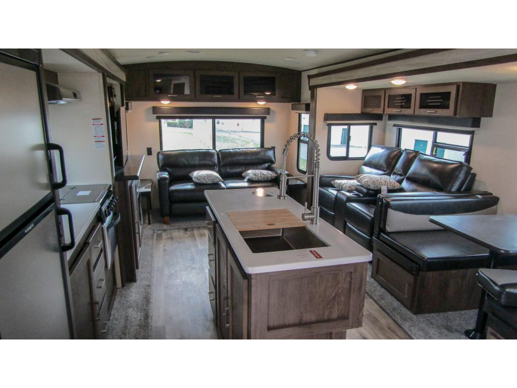 New 2019 FOREST RIVER HERITAGE GLEN 272RL 2 slides sleeps 6 Travel Trailer