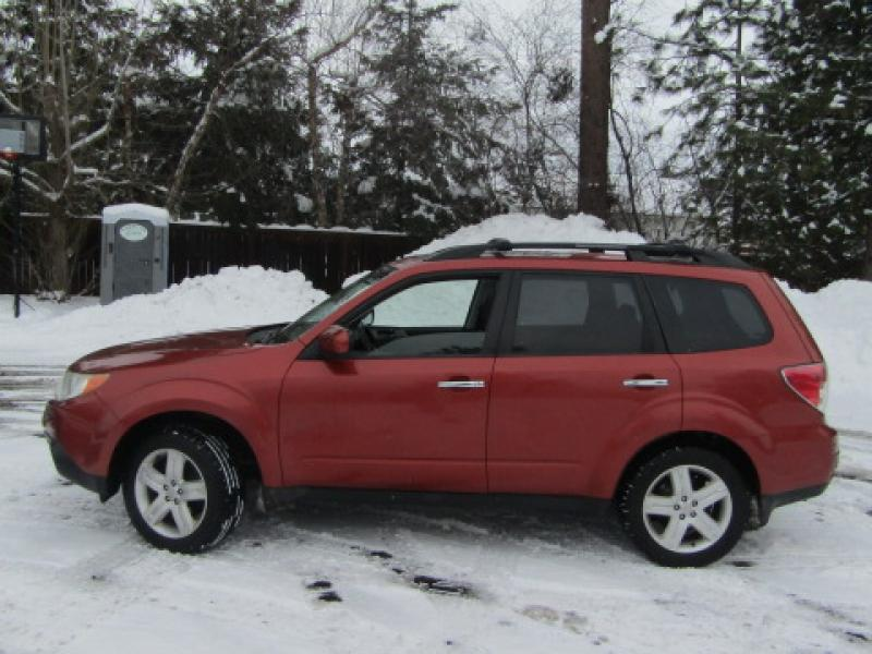 Pre-Owned 2010 Subaru Forester 2.5X Premium Manual All Wheel Drive SUV