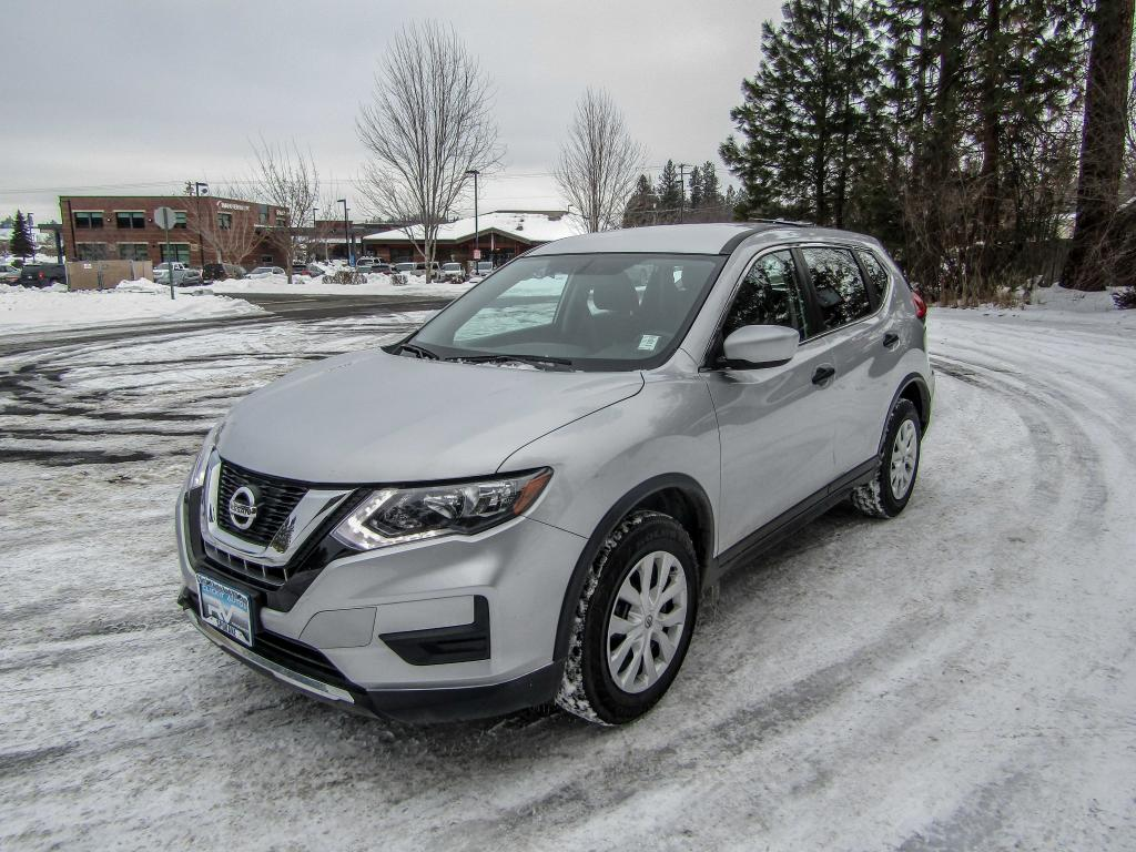 Pre-Owned 2017 Nissan Rogue S 2.5L All Wheel Drive SUV