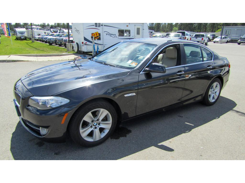 Pre-Owned 2013 BMW 5 series 528i xDrive 2.0L All Wheel Drive Sedan
